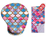Mermaid Scale Pink Ergonomic Design Girly Cute Mouse Pad con soporte para la muñeca. Reposamanos en gel. Trapo de limpieza de microfibra a juego. Alfombrilla de ratón para ordenador portátil, PC y Mac
