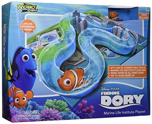 Finding Dory - Ultimate Underwater Playset (Includes Robotic Nemo Swimming Fish)
