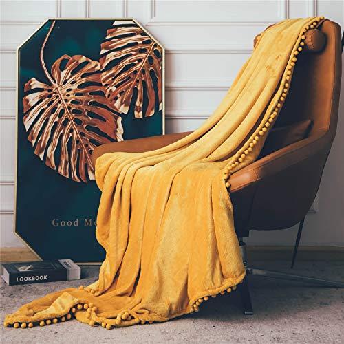 Fleecedecke mit Pom-Poms, kuschelweiche Flauschige Fleece Decke für Couch, Sofa, Bett, verdickte warme Flauschige Decke, Plüsch-Flanellschläfchendecke,130 x 150cm,Gelb