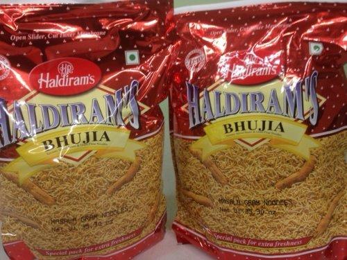 set-of-2-haldirams-bhujia-savory-spiced-beans-gram-flour-noodles-3530oz-1kg-by-haldiram