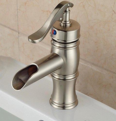 mnii-moderna-singolo-trattamento-cascata-rubinetto-del-bagno-ponte-di-una-nave-attrezzata-con-acqua-