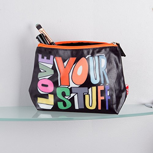 urban-outfitters-cosmetic-wash-bag-black-love-your-stuff-22x135cm