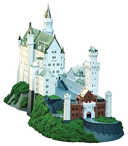 Royal Castles Neuschwanstein (Gold) (Plastic model) Doyusha 1/220 (japan import)