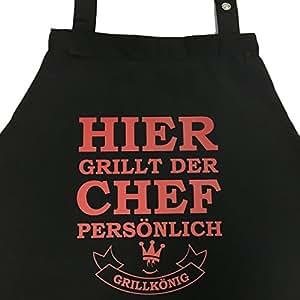 Hier grillt der Chef persönlich – Grillschürze, Kochschürze, Latzschürze mit verstellbarem Nackenband und Seitentasche – Grillkönig Edition