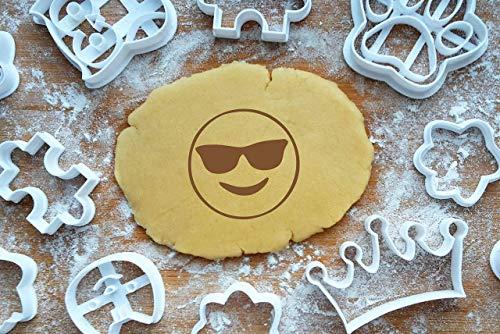 Emoji Cool Ausstechform 4cm Präge-Ausstecher Sonnenbrille Smiley 3D Keksausstecher Cookie Cutter Backen Fondant Plätzchen