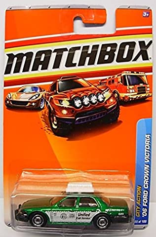 2010 MATCHBOX CITY ACTION #68 GREEN '06 FORD CROWN VICTORIA TAXI by Matchbox by Matchbox