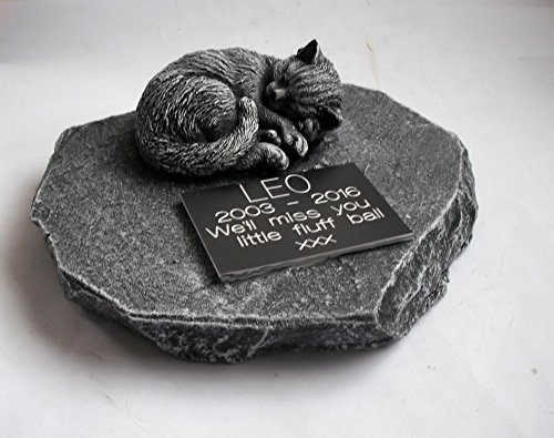 ClassCast Sleeping CAT MEMORIAL PERSONALISED Rock Stone SYMPATHY PET Grave stone Bereavement 2
