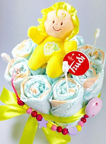 te / Pamperstorte mit Spielzeug und Schnullertkette als tolles Geschenk / Geschenkset zur Geburt oder Taufe auf Wunsch mit Name des Babys (Trudi-Rassel) (Windeltorte Für Mädchen)