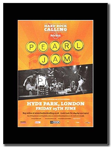 Pearl Jam - Hyde Park London 25th June 2010 Magazine Promo on a Black (Pearl Jam Memorabilia)