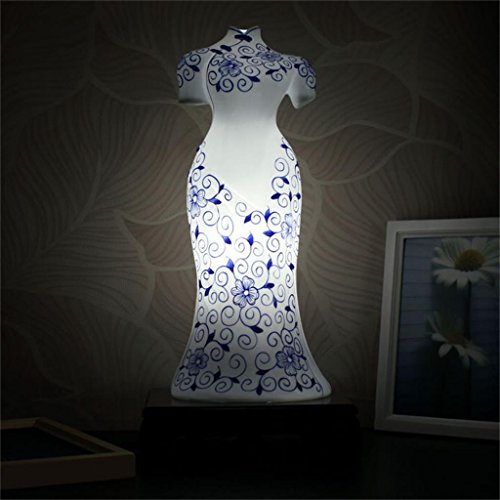chinese-modern-creative-living-room-bedroom-bedside-lamp-classic-eggshell-ceramic-hand-painted-blue-