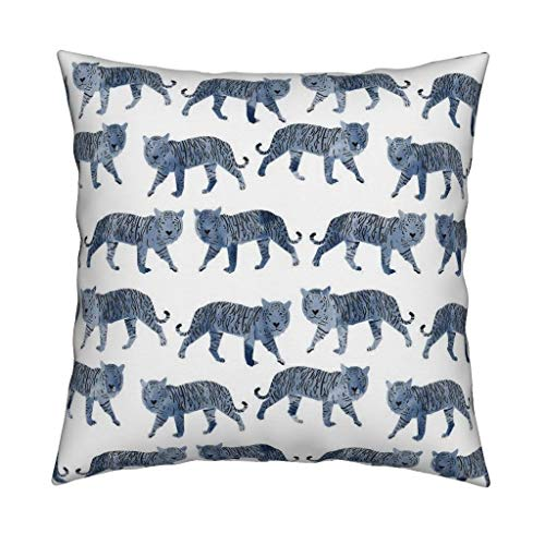 YorkeIII Tiger Throw Pillow Aquarell Blaue Tiere von Andrea u Lauren Blue Tiger Nursery Square Katalanisch Werfen Pillow by Roostery mit Spoonflower -