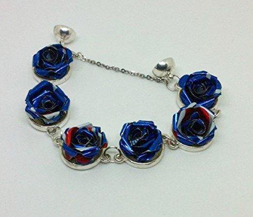 memento-rosa-bracelet-compose-de-roses-realise-avec-des-canettes-de-pepsi