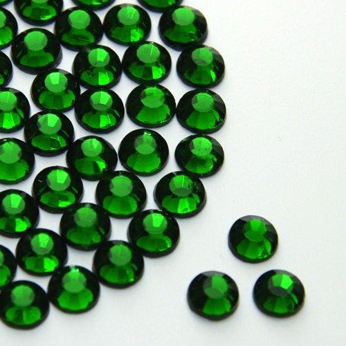 Me, 6 mm, Smaragd, Eisen auf Hotfix 2028 -