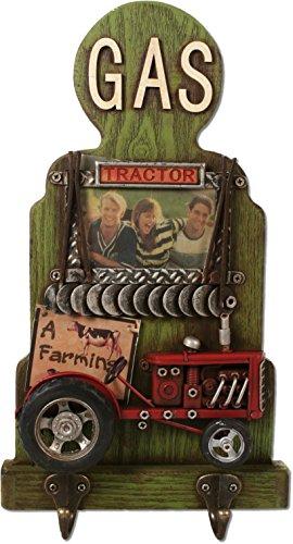 Schlüsselbrett Garderobe Bauerhof Traktor 34 cm mit Bilderrahmen Farm Zapfsäule Schild