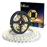 LE LED Streifen Set 5m 12V Selbstklebend, 6000 Kelvin Kaltweiß Leiste mit 300 Stück 5050 LEDs, Flexibel DIY, 3600 Lumen LED Band mit Stecker, 2 Steckverbinder, Verbindungsklammern für Innen Heim usw.