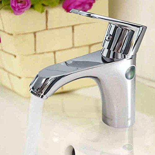 Salle de bains Simple Bassin de robinet d'eau chaude et froide Lavabo Robinet lavabo Robinet Placage