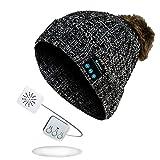 Sense42 | Bommelmütze mit Bluetooth Kopfhörer | Strickmütze mit Fell Pompon | Unisex für Damen und Herren | meliert | One Size | schwarz, weiß