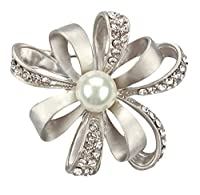 Cosanter Brooches Pins Elegant Hollow Rhinestone Silver Flower Designed Brooch Pin for Wedding Prom