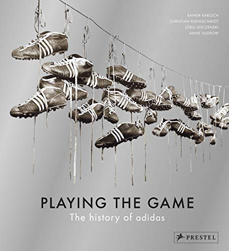 Playing The Game : The History Of Adidas por Collectif