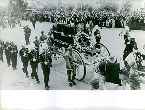 vintage-photo-of-view-of-funeral-of-abd-ul-salam-mohammed-arif-in-street