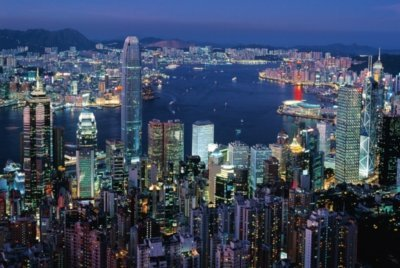 Preisvergleich Produktbild Hong Kong by Night 1000 Piece Glow-in-the-Dark Puzzle by Tomax