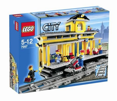LEGO-City-7997Train-Station