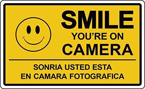 BridgetWhy50 Smile You're on Camera Pancarte Sécurité Surveillance vidéo Espagnol Retail Store
