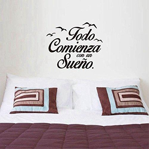 Pegatina todo comienza con un sueño para dormitorios color negro 55 X 45 cm de OPEN BUY