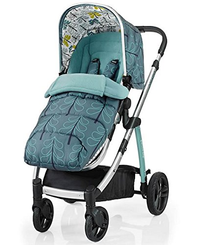 Cosatto wow Travel system with Port bag and footmuff in Fjord Cosatto Includes - Pushchair, Carrycot, Port Car seat, Footmuff, Changing bag and Raincover Suitable from birth up to 15kg (4 years approx.) 'In or out' facing pushchair seat lets them bond with you or enjoy the view. 6