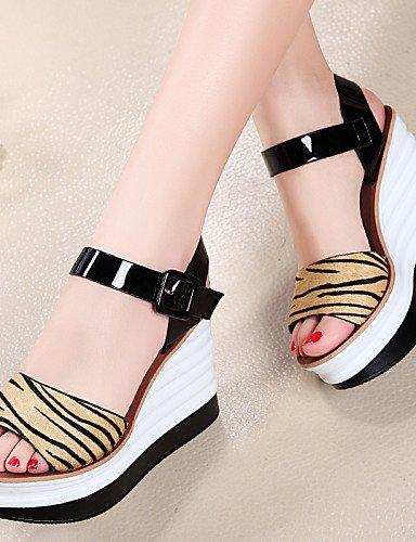 UWSZZ IL Sandali eleganti comfort Scarpe Donna-Sandali-Ufficio e lavoro / Formale / Casual-Spuntate-Zeppa-Di pelle / Crine di cavallo-Giallo / Bianco White