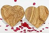 2 Olivenholzbrettchen HEARTBEAT. Dekorationsobjekt - Schneidebrett - Frühstücksbrettchen. Wunderschön gemasertes Olivenholz! 20 x 20 cm. 2er-Set!