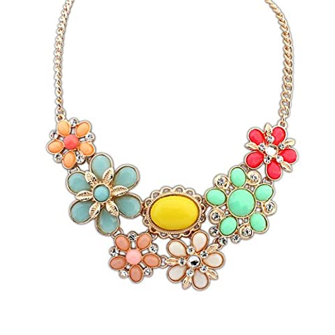 This is a Delicate and Sweet High Fashion Pastel Pink, Green, Peach & Cream & Crystal Flower Statement Necklace. Ideal Mothers Day Gift or for Everyday Wear for S/S14 and Weddings, Proms