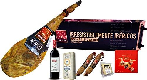 Cesta de Navidad Navidul: 1 Jamón Ibérico de +8 kg, 1 Botella vino Protos, 1 Chorizo y 1 Salchichón Ibéricos de 250gr. 1 Lata aceite 500ml Ybarra, 1 caja bombones Nestle y 1 trozo Queso curado.