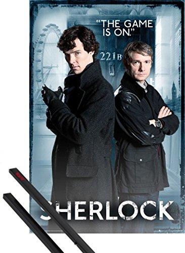 Poster + Sospensione : Sherlock Poster Stampa (91x61 cm) E Dr. Watson, The Game Is On E Coppia Di Barre Porta Poster Nere 1art1®