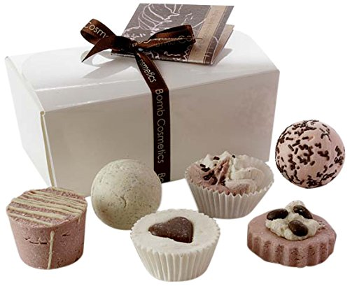 bomb-cosmetics-chocolate-ballotin-assortment-bath-gift-set