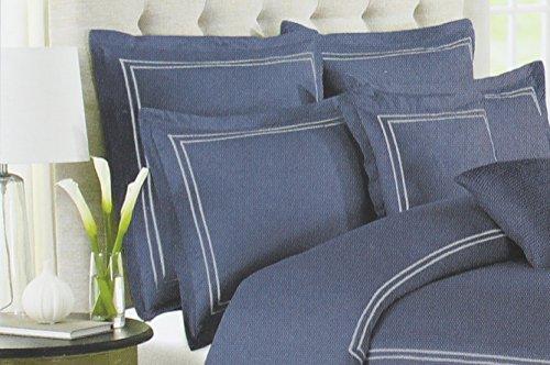 Wamsutta europäischen Kissen Sham aus der BARATTA Stitch Bettwäsche Kollektion in einer Blau Jean Farbe