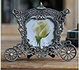 Metal Vintage Picture Frames Classic Horse Hood Picture Photo Frame Small Europe Mini Photo Frames Home décor(Color: Silver)