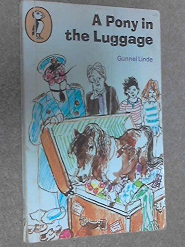 Pony in the Luggage (Puffin Books)