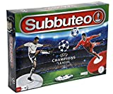 Giochi Preziosi Subbuteo Champions League Edition con 2 Squadre, Accessori e Campo da Calcio