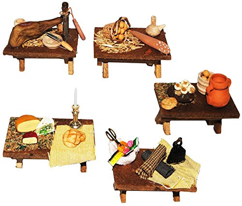 1 Stück: Tisch mit Deko - Miniatur aus Holz / Maßstab 1:12 - Wurst u. Fleisch - Nähzubehör - Schinken - Käse - Eier - Lebensmittel Zubehör Küche Puppenstube / Puppenhaus