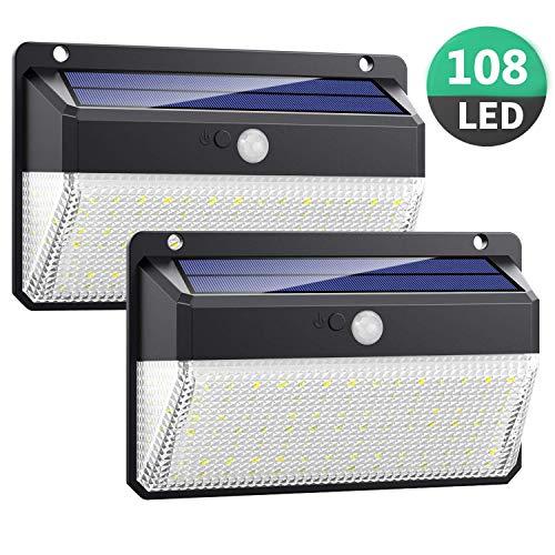 108 LED Luz Solar Exterior proporcionan una iluminación excelente que cubre el área de iluminación más amplio. Hasta un 25% de tasa de conversión fotovoltaica alcanza una carga eficiente. Diferente de otro sensor de ángulo pequeño, nuestro sensor de ...