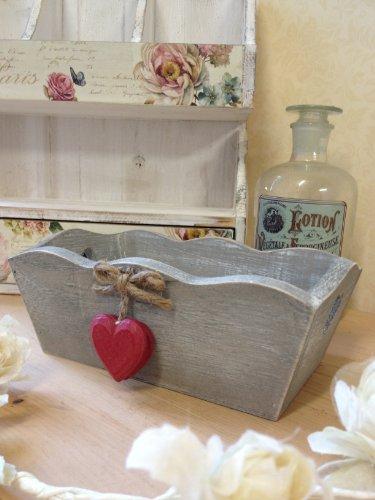 Piccolo vintage scatola di legno misera grigio lavato trug cuore maniglie decorativi cuori rossi