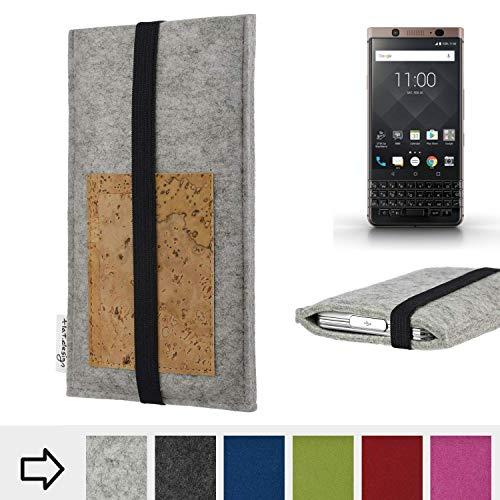 flat.design Handy Hülle Sintra für BlackBerry KEYone Bronze Edition maßgefertigte Handytasche Filz Tasche Schutz Case Kartenfach Kork