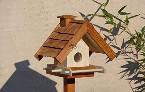 Vogelhaus BTV-VOWA3-dbraun002 Großes Vogelhäuschen + 5 SITZSTANGEN, KOMPLETT mit Futtersilo + SICHTGLAS für Vorrat PREMIUM Vogelhaus - ideal zur WANDBESTIGUNG - Futterhaus, Futterhäuschen WETTERFEST, QUALITÄTS-SCHREINERARBEIT-aus 100% Vollholz, Holz Futterhaus für Vögel, MIT FUTTERSCHACHT Futtervorrat, Vogelfutter-Station Farbe braun dunkelbraun schokobraun rustikal klassisch, Ausführung Naturholz MIT TIEFEM WETTERSCHUTZ-DACH für trockenes Futter
