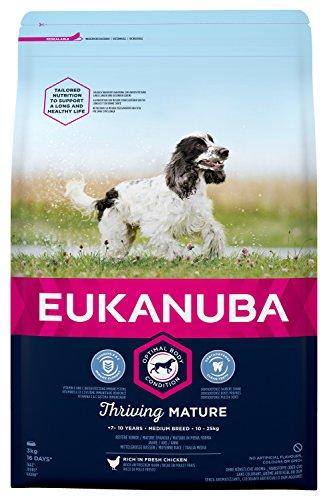 Eukanuba Mature Trockenfutter für mittelgroße Rassen mit neuer, verbesserter Rezeptur - Hundefutter für reife Hunde im Alter von 7-10 Jahren mit dem Geschmack Huhn - 1 x 3kg Beutel