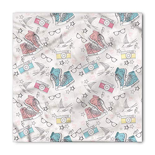 LULABE Vintage Bandana, Grunge Halloween Birds, Unisex Bandana Head and Neck Tie Neckerchief Headdress Silk-Like 100% Polyester