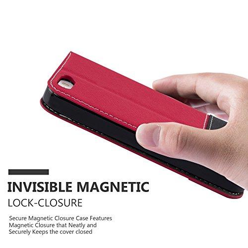 Cadorabo - Etui Housse pour Apple iPhone 5 / 5S avec Fermeture Magnétique Invisible (stand horizontale et fentes pour cartes) désign Similicuir-similicuir de cerf - Coque Case Cover Bumper Portefeuill ROUGE-NOIR