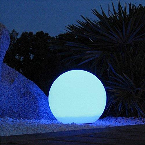 lumi-jardin-liball30-boule-lumineuse-multicolore-rechargeable-dexterieur-d30cm-bobby-c30