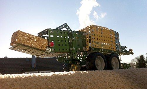 RC Traktor NEW HOLLAND - 7
