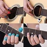 Le kit d'accessoires pour guitare comprend 20 protections de doigts en silicone + 10 sélections de guitare + 4 sélections de pouce et de doigt + support de sélection + 2 clips de clips musicaux...